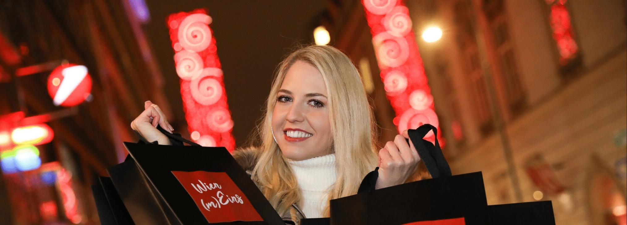 Miss Vienna 2019 zeigt mit Weihnachts-Kampagne auf Titelbild